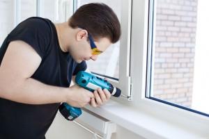 Сервисное обслуживание и ремонт пластиковых окон